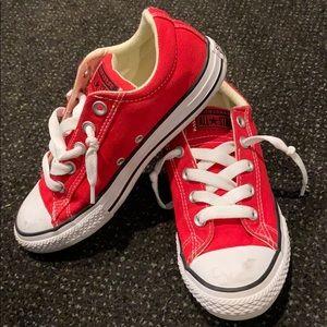 Converse Red Slip On Sneaker Size 3Y (5W)